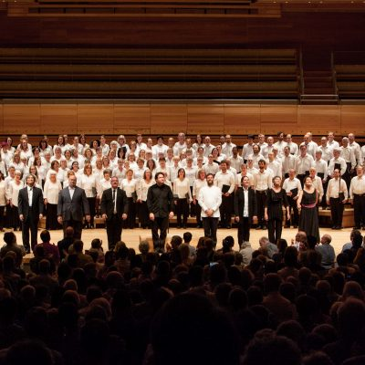 Final salutation, Kent Nagano and the conductors of the six invited choirs. Photograph by Ulysse del Drago 2017